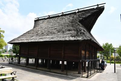 大阪歴史博物館と日本放送協会大坂放送局は隣同士