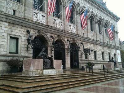 マサチューセッツ州 ボストン - 歴史と近代が林立するコプリーを散策