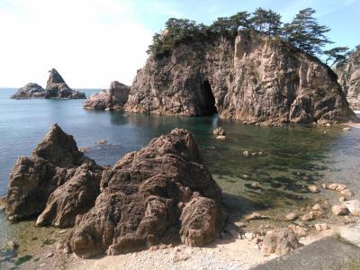 笹川流れと瀬波温泉の旅