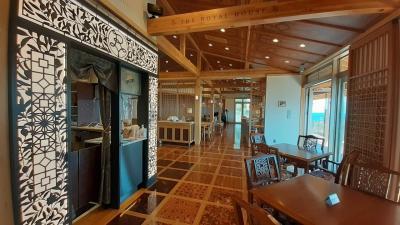 下田 観音温泉正運館とTHE ROYAL HOUSE