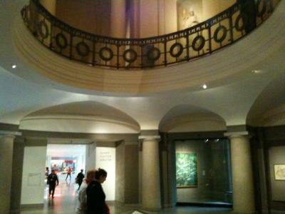 マサチューセッツ州  ボストン - ボストン美術館(11)円形広場、天心園を見てからカフェで休憩