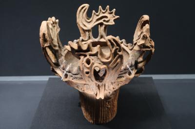 新潟県唯一の国宝「火焔型土器」を鑑賞し縄文時代に思いを馳せる(十日町市博物館)