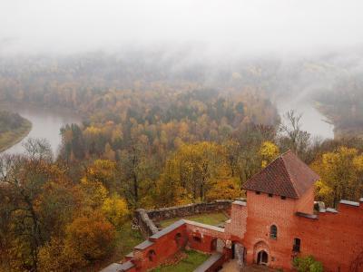 秋のバルト三国美しき古都と城を訪ねてNo.12<ラトヴィアのスイスと呼ばれるスィグルダ>