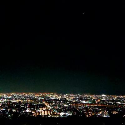 五月山展望台の夜景
