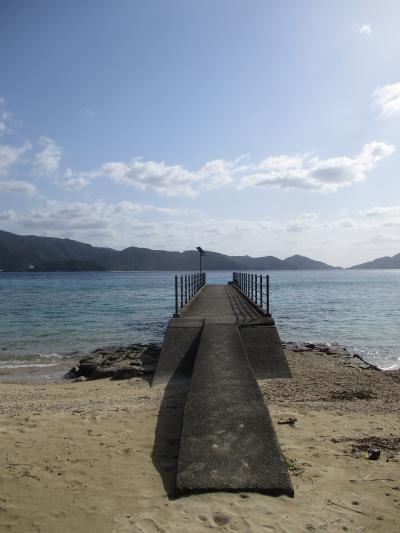オンザビーチのリゾートホテル(奄美大島・龍郷)&ビーチフロントの民宿コテージ(加計呂麻島・スリ浜)@クサポンさんはどっちがお好み?