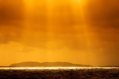 海光降臨。湯野浜から義経伝説鼠ヶ関へ海道巡り。游水亭いさごやで烹宿三昧。