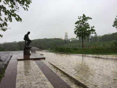 雨のキエフ