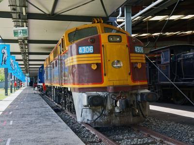 オーストラリア NSW鉄道博物館(その2 ディーゼル機関車と電気機関車、ディーゼルカー、電車、貨車)