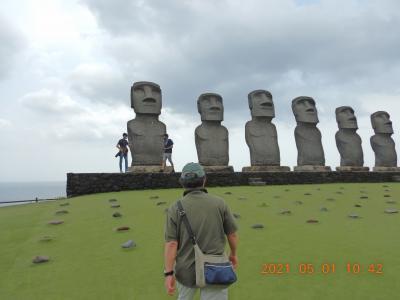 禁断の越県の旅(6) 霧島から阿蘇への移動途中に「サンメッセ日南」に立ち寄り、日本で復元された本物のモアイ像に会って感動!!