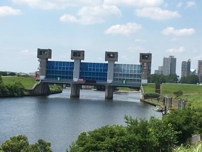 隅田川東岸を東京湾から東京都北区の岩淵水門まで遡る/その3・白鬚橋からゴール地点の岩淵水門へ