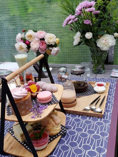 プライベートガーデンの「バラとお菓子と優しい時間」&カフェめぐり  Karuizawa