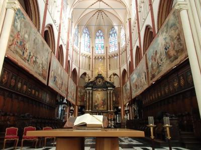 2019年ベルギーのX'sマーケット巡り【15】ブルージュ:考古学博物館と聖サルバトーレ大聖堂