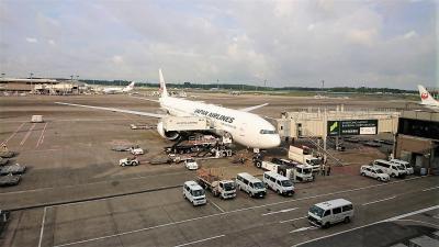 今日、2021年6月23日(水)の成田空港の様子 空港第2ターミナル 出国手続き後の制限エリア