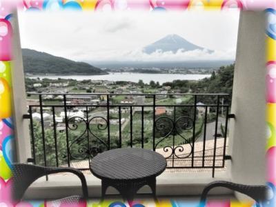 富士山の美しい河口湖へ。 トーマスランドとリニア見学センター ラビスタ河口湖