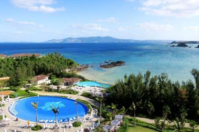 沖縄旅行2021春②:ハレクラニ沖縄・インドアプール
