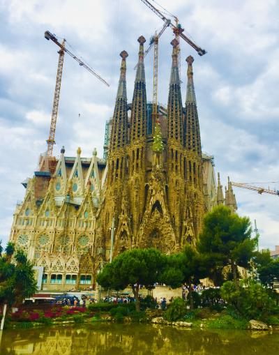 ☆ スペイン〜Barcelona ガウディ建築に魅せられて③ ☆