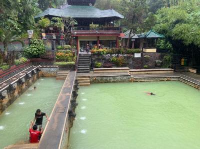 バリ島の温泉、バンジャール ホット スプリング