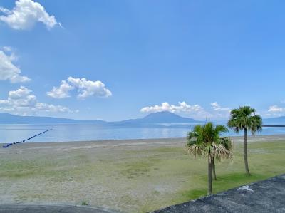 国分キャンプ海水浴場で海水浴、十三塚史跡公園のヒマワリから「一もり」でうなぎランチ