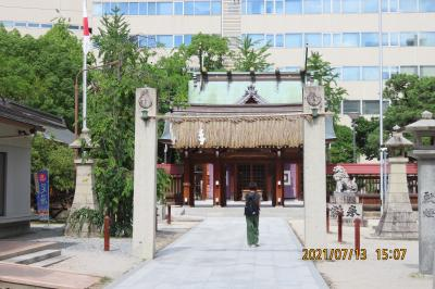 久し振りに福岡へ旅をしました③警固神社から新天町へ