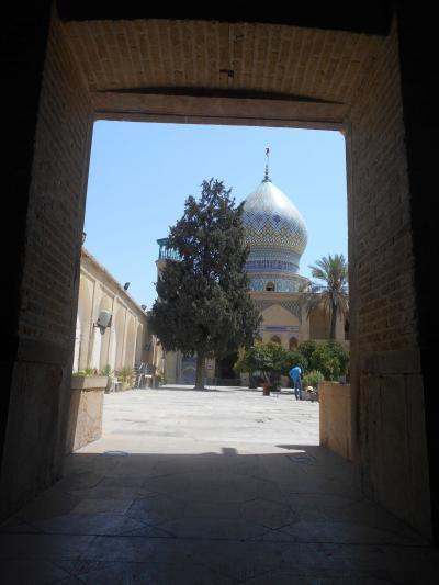祝!イラン観光ビザ発行再開 現在のシラーズ町巡り ハムゼ廟からバザールへ