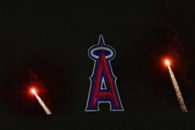 花火を見に土曜日のエンゼルスタジアムへ