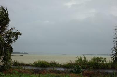 台風の宮古島と旧芝離宮恩賜庭園
