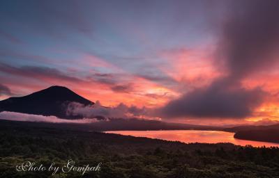 山中湖の富士夕景・朝景・夜景