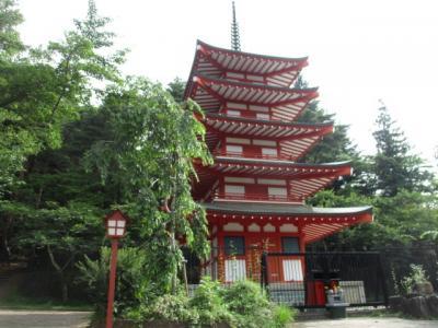 新倉浅間神社、新倉山ハイキング