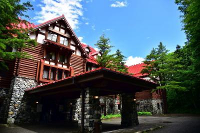 上高地帝国ホテル・平湯温泉深山桜庵滞在記 大雨注意報下の上高地で人影のない河童橋を