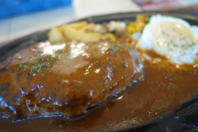 20210731 岩見沢 小樽から旭川へ青春18切符2回目。乗り換えの岩見沢、お昼にレストランコロナのハンバーグをいただく。