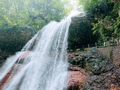 信州高山村の裏見の滝「雷滝」へ