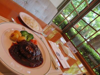 初夏の横浜(5)「ザ・カフェ」ホテルニューグランドで優雅なブランチ