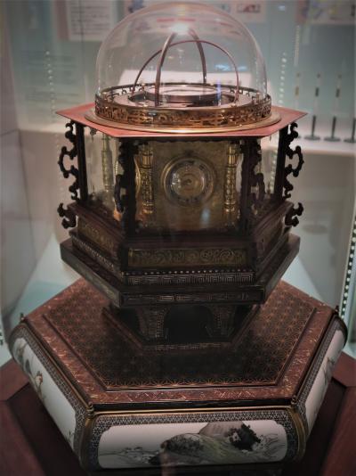 上野-7 科博-2 万年時計 科学と技術の歩み-地球館2階 ☆測量~自動化/電算化~宇宙へ