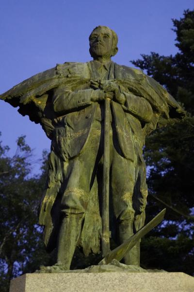 20210820-5 帯広 すっかり日が暮れて…中島公園まで依田勉三翁に逢いに行く