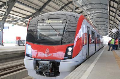 バンコク8月2日新規開通SRTレッドライン乗車