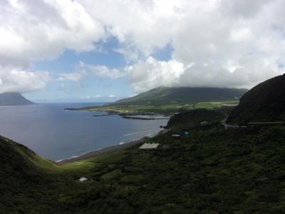 ビビり者?!が行く青ヶ島と八丈島の旅 後編 八丈島をスクーターで巡る野趣あふれる温泉と島寿司堪能&お一人様ANAプレミアムクラスで帰路の途へ