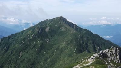 中央アルプス三ノ沢岳を歩く