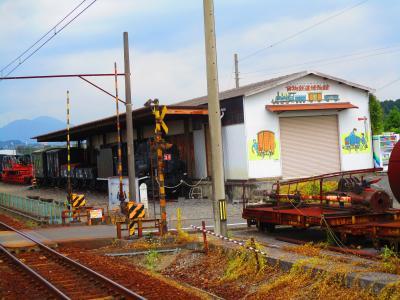三岐鉄道三岐線に乗り丹生川駅で降り、三里駅まで2時間歩きました。(2021年9月)