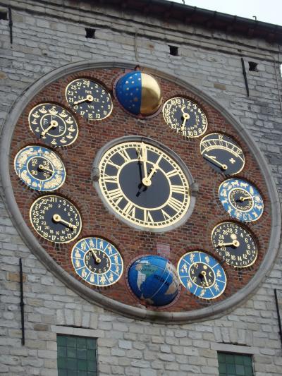 2019年ベルギーのX'sマーケット巡り【45】リールの町:ジンメルの天文時計へ
