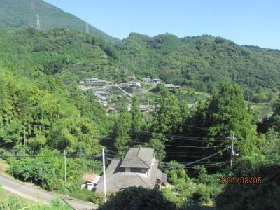 紀の国訪問記(28)高野山から下山途中の車窓風景。