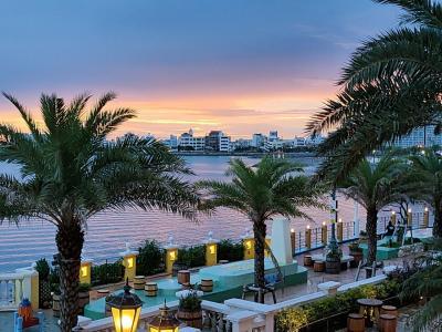 沖縄でインフィニティプールのホテルに泊まる「レクー沖縄北谷スパ&リゾートその2 アメリカンビレッジ」