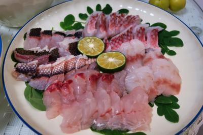 【2021年国内】沖縄 「道の駅いとまん」で魚を買って捌いてみた。
