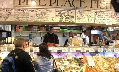 ビジネス教材にもなっている「魚のキャッチボール」と 港町の市場 / 海外旅行での市場の楽しみ 3