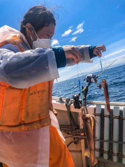 コロナに注意しながらの家族旅行第二弾 その4 初めてのイカ釣り