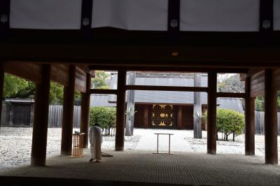 広い広い熱田神宮の境内