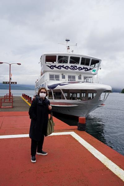 トラピックス 釧路で過ごす10日間(14)観光バスのピリカ号を阿寒湖で降り、遊覧船に乗って虹鱒とワカサギを堪能し、路線バスで釧路へ戻る。