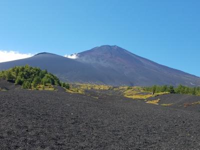 富士山御殿場口新五合目から双子山周遊ハイキング
