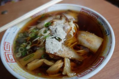 20210921-2 京都 三条京阪の篠田屋です。いつも皿盛ですけど、中華そばをいただきに。