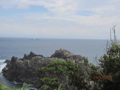 紀の国訪問記(37)潮岬を下り降りる。