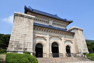 復活したコロナ厳戒態勢下での南京中山陵観光